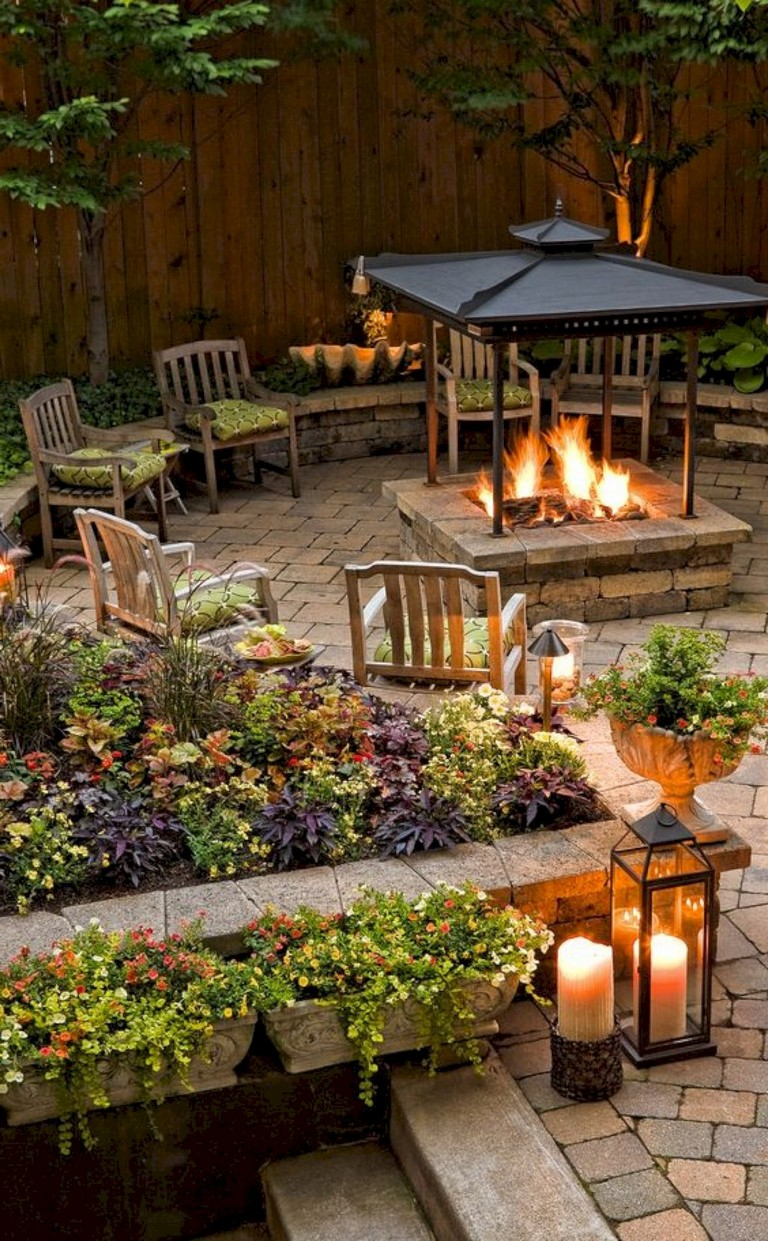 30 Exciting Backyard Fire Pit Landscaping Ideas On A Budget